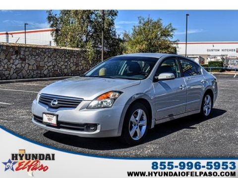 Pre-Owned 2009 Nissan Altima 3.5 SE FWD 4D Sedan